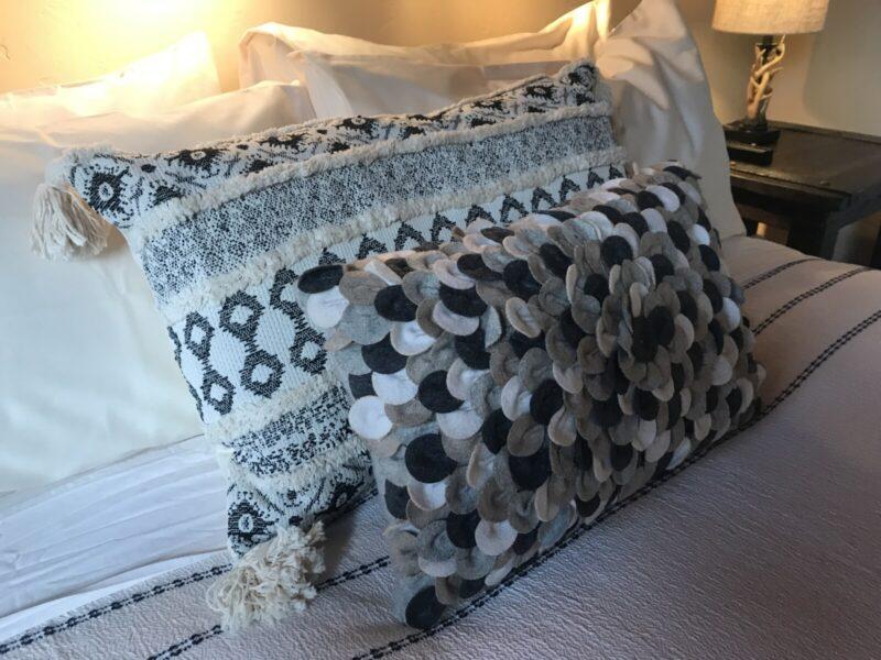 Black Bear Room Good Medicine Lodge Bed and Breakfast Whitefish Montana