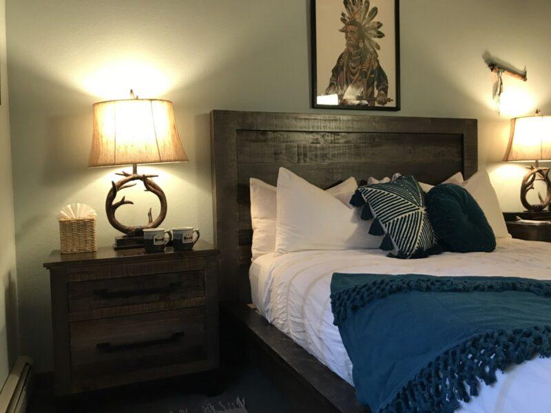Flathead 01 Good Medicine Lodge Bed and Breakfast