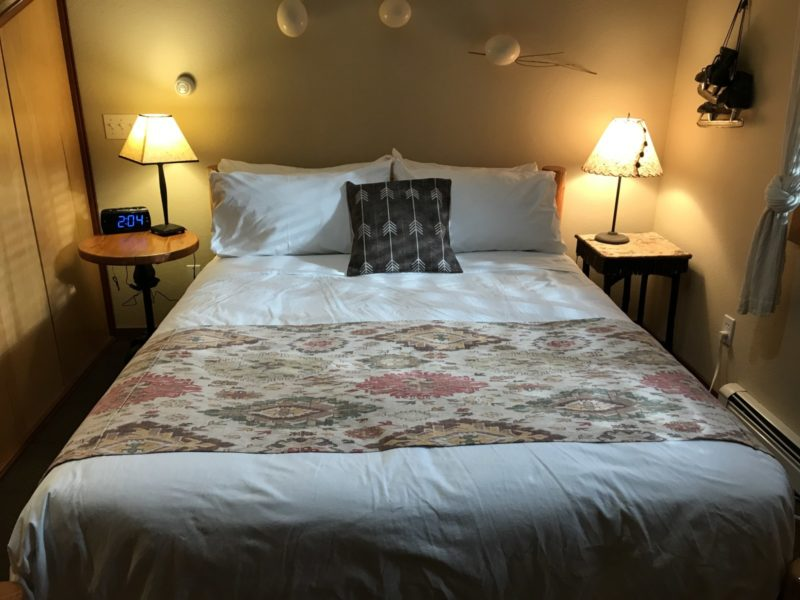 Glacier Suite Good Medicine Lodge Bed and Breakfast Whitefish Montana 02