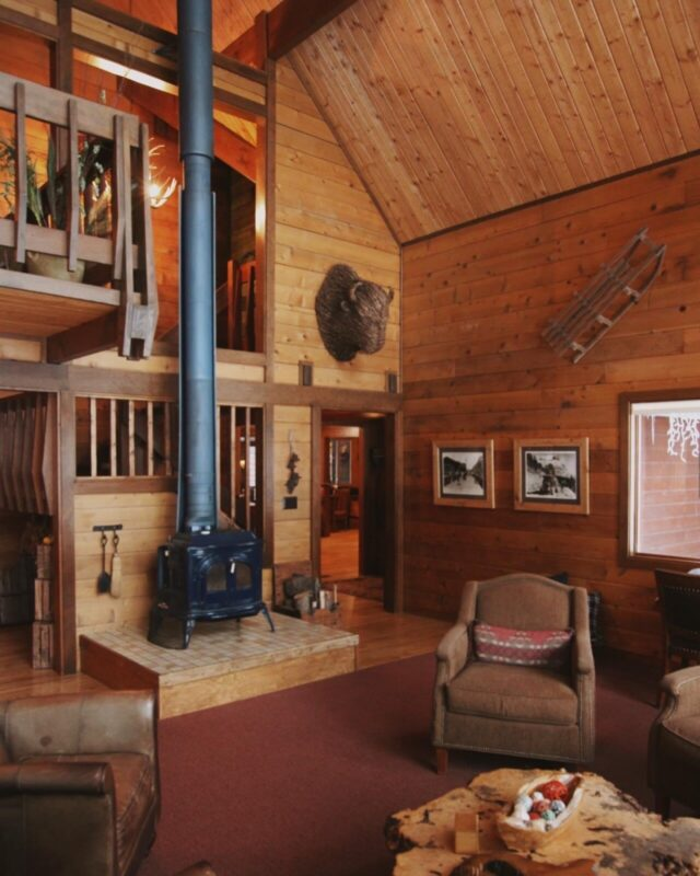 Great Room Good Medicine Lodge Bed and Breakfast